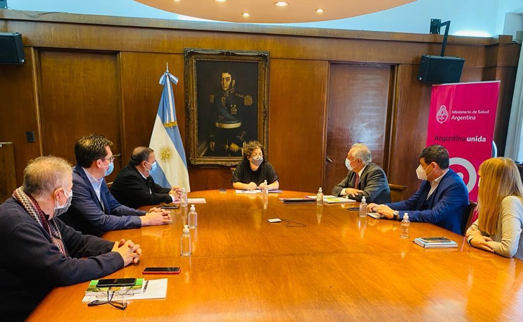 Quintela y Vizzotti resaltaron el fortalecimiento del sistema sanitario riojano