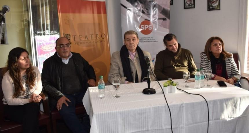 Víctor Hugo Morales presentó su libro en La Rioja