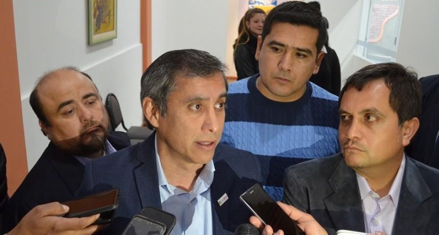 """Paredes Urquiza """"Presentamos las proyecciones de mejoras que queremos para los riojanos"""