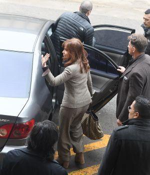 Cristina negó cargos y pidió citar a Macri
