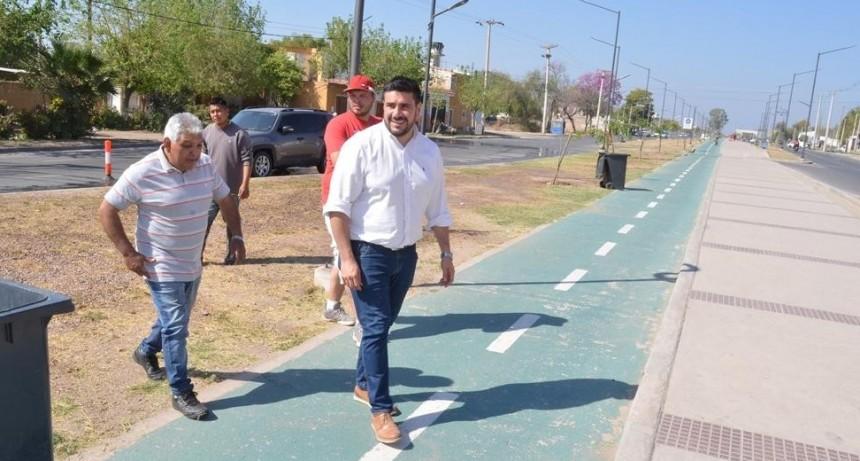 El municipio realiza limpieza en toda la avenida 1° de marzo