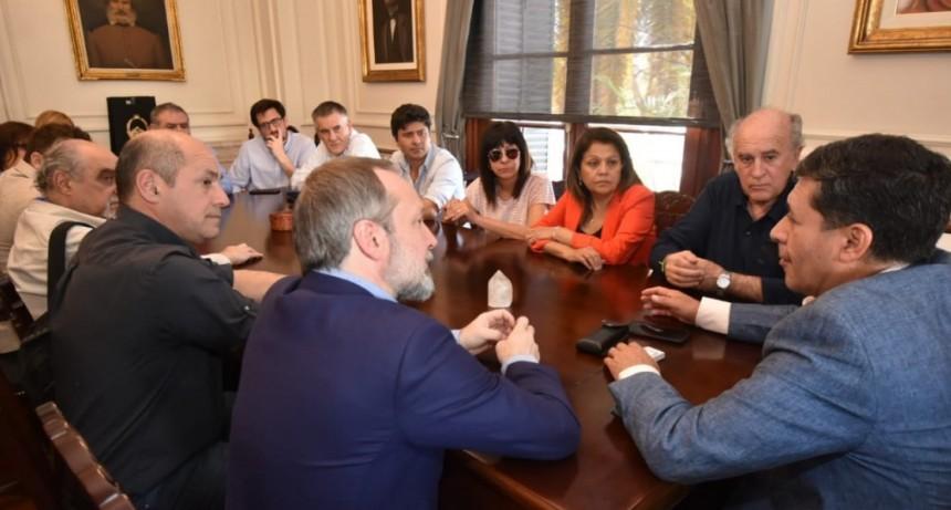 Dirigentes de Unidad Ciudadana visitaron al gobernador Casas