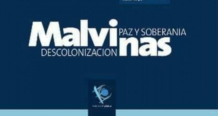 """Presentación del libro """"Malvinas, Descolonización, Paz y Soberanía"""" en Los Sauces"""