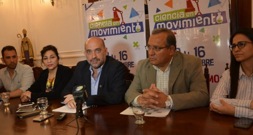 """Se pone en marcha """"Ciencia en Movimiento"""" en el Súperdomo"""