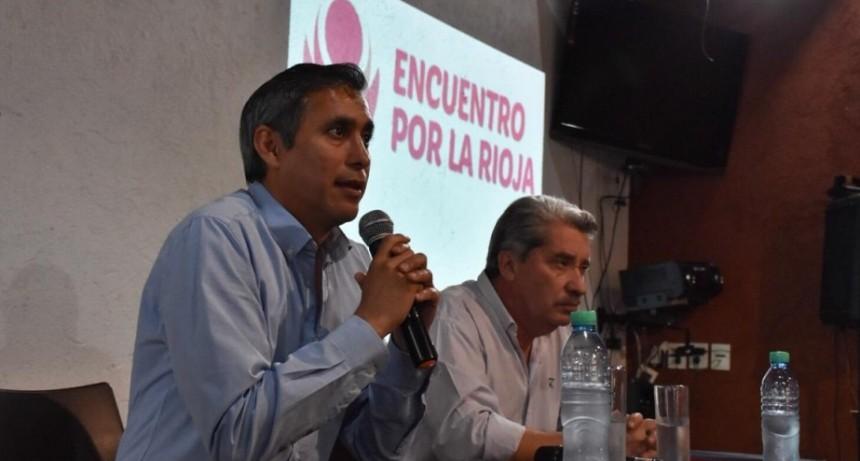 Paredes Urquiza acordó con productores de los llanos trabajar por los recursos hídricos