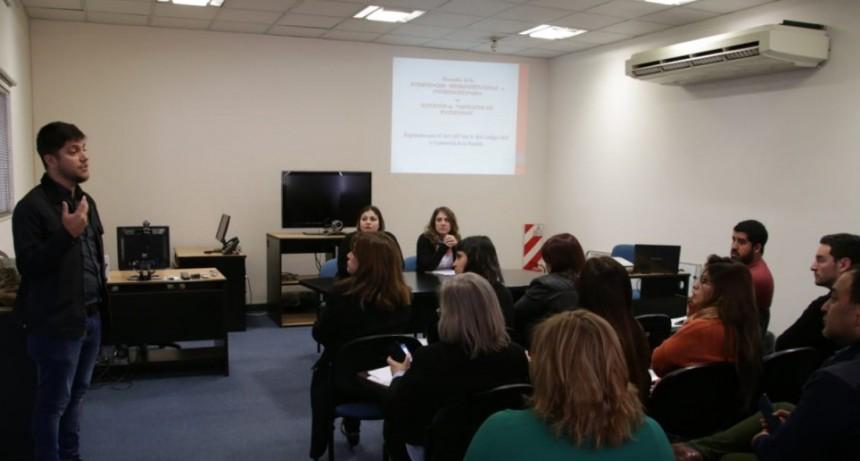 Coordinan acciones entre áreas del estado en casos de conflicto de maternidad