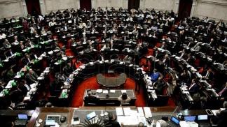 El oficialismo busca definir la fecha de debate del proyecto para reperfilar deuda