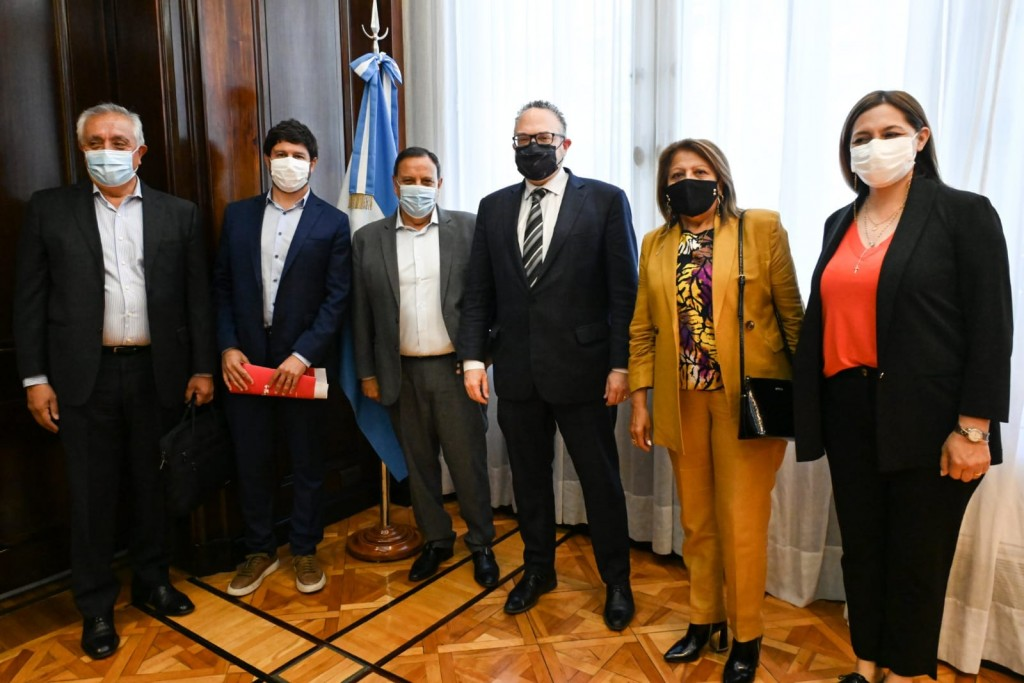 Quintela se reunió con Kulfas en Buenos Aires