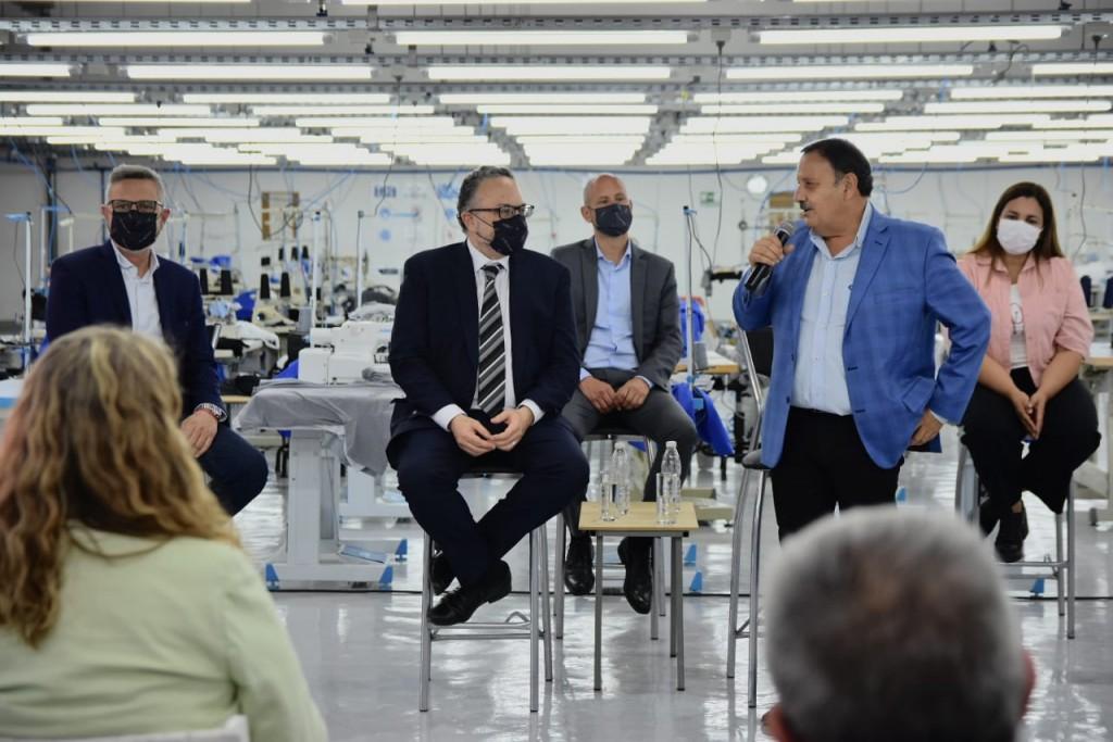 """Provincia y Nación inauguraron la Fábrica KM Tex que genera 60 nuevos puestos de trabajo"""""""