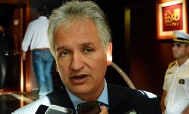 Para Bosetti, Paredes Urquiza debe volver a trabajar con el oficialismo