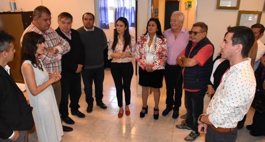Beder visitó la sede universitaria de Aimogasta