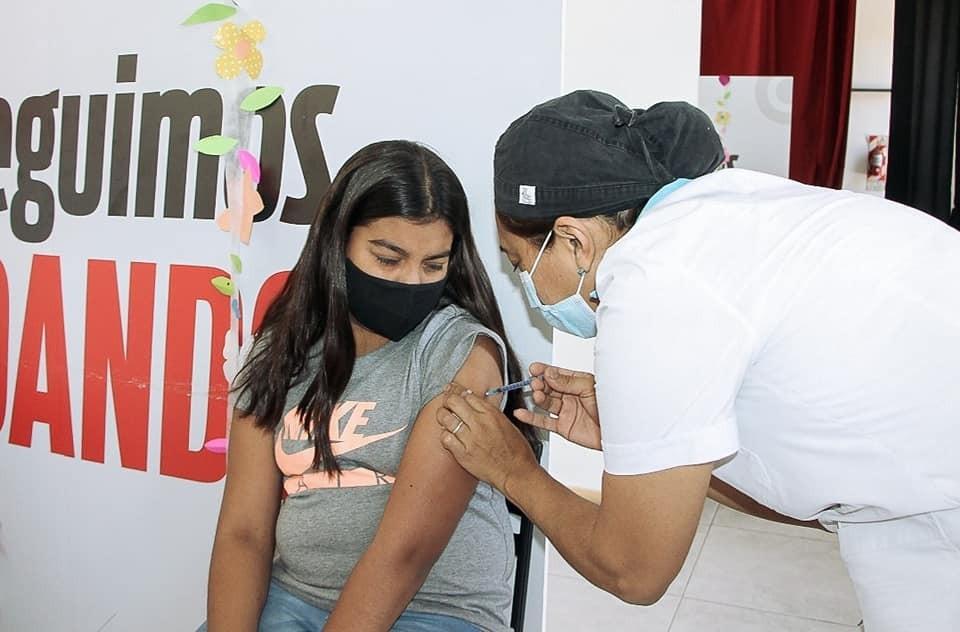 Continúa el operativo de vacunación este domingo