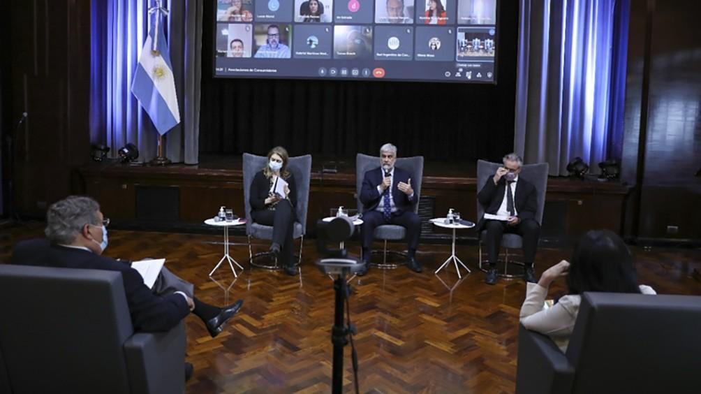 Feletti coordinó con las provincias y los consumidores garantizar el acuerdo de precios