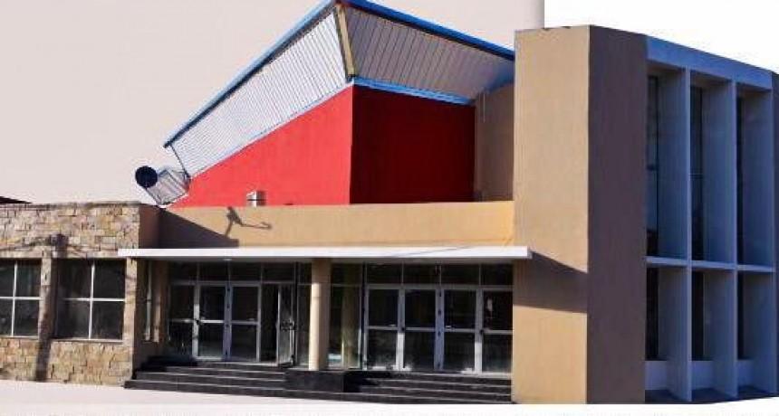 Florencia López inaugura el centro cultural de Aimogasta