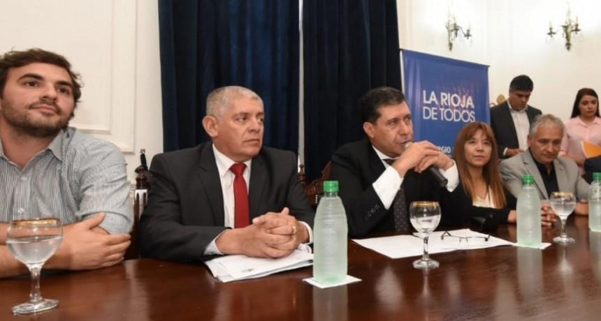 El gobierno anunció la bancarización de Programas Sociales