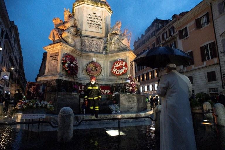 El Papa Francisco homenajeo a la Inmaculada Concepción